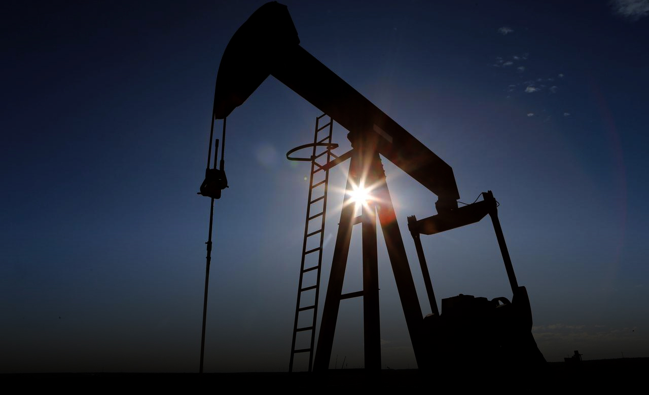 Global oil prices drop for 2nd time as COVID-19 spike