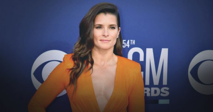 Danica Patrick posted quotes following Rodgers separation
