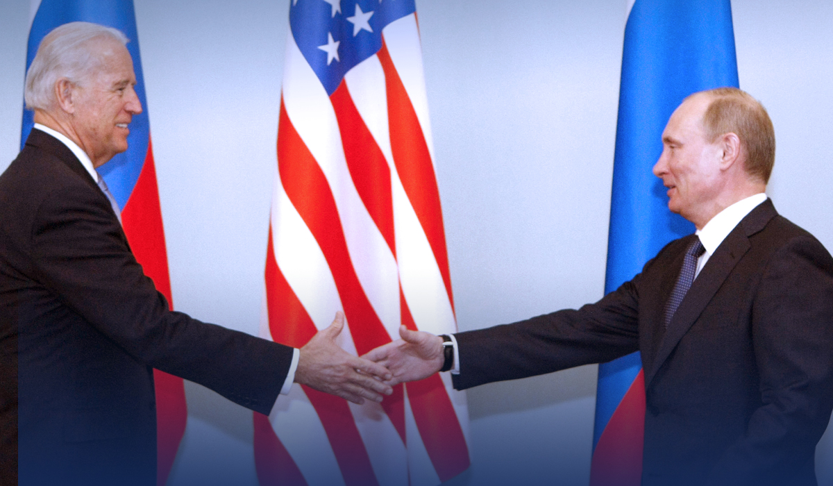U.S. President owes to stand with European Allies against Russia