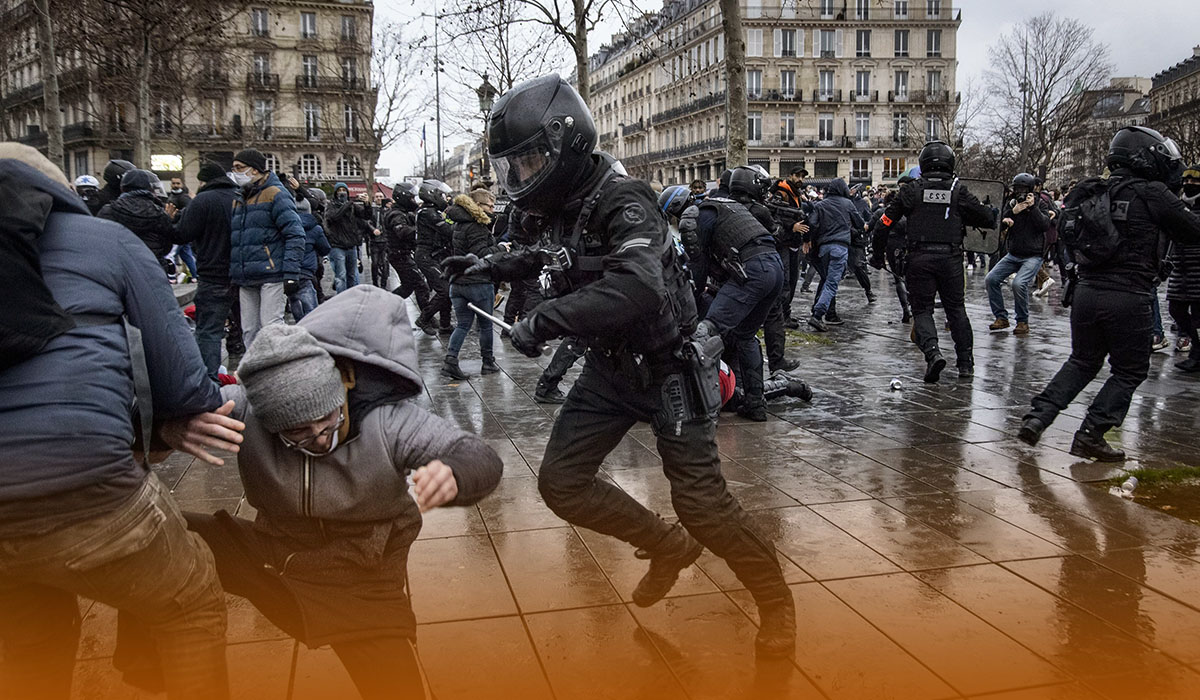 France Dealing with Thousands of Protests Against New Inoculation Measures