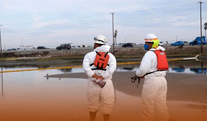 "Huntington Beach Mayor Calls California Oil Spill A ""Potential Ecological Disaster"""